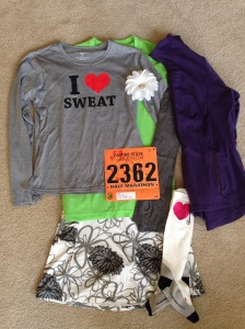 not sure what to wear... time for the cold weather running gear!